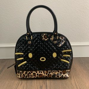 Women s Hello Kitty Quilted Bag on Poshmark f2bb8d0c74